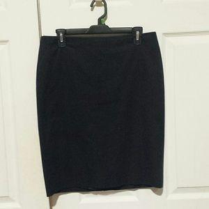 Ann Taylor Petite black pencil skirt size 10P